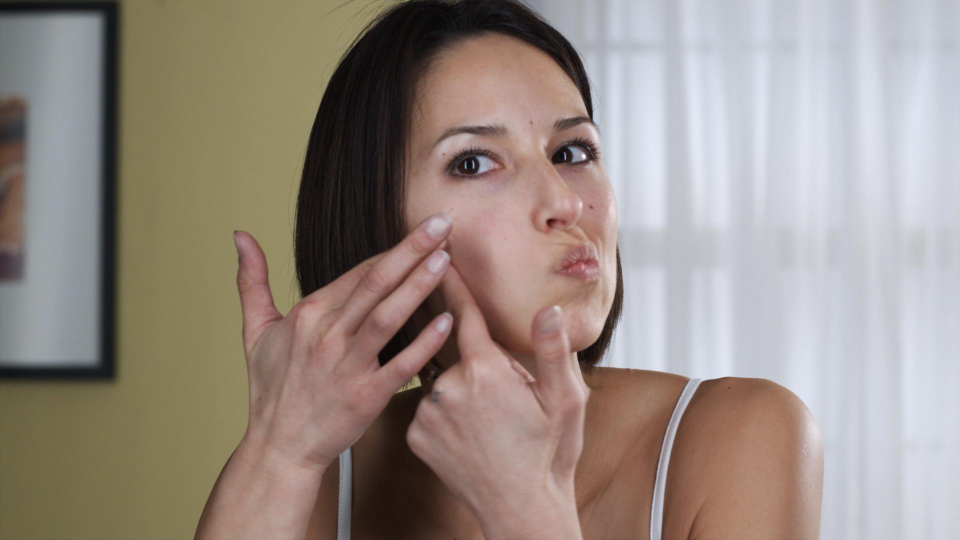 تغییرات پوستی در دوران بارداری و راه های درمان آن نرم