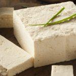 احتیاط در مصرف پنیر در بارداری