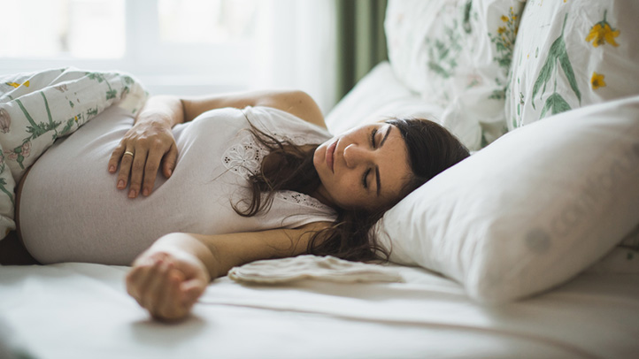 اگر در دوران بارداری احساس خستگی میکنید