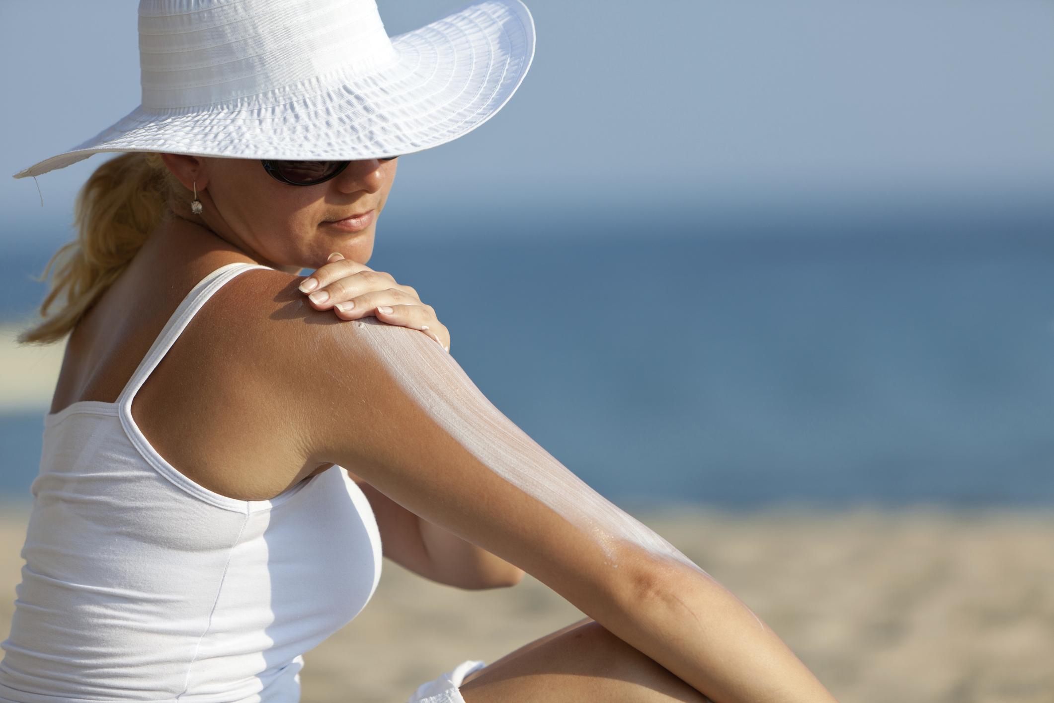 احتیاط در استفاده از کرم های ضد آفتاب در دوران بارداری