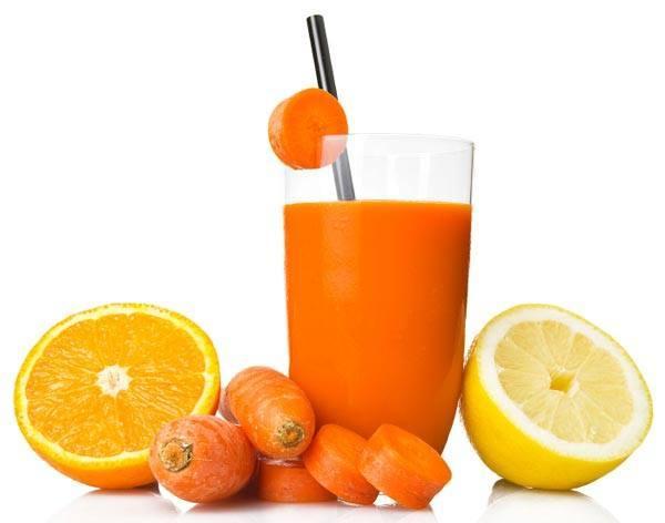 خطرات مصرف آب هویج در بارداری