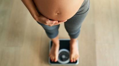 وزن گیری جنین در ماه نهم بارداری