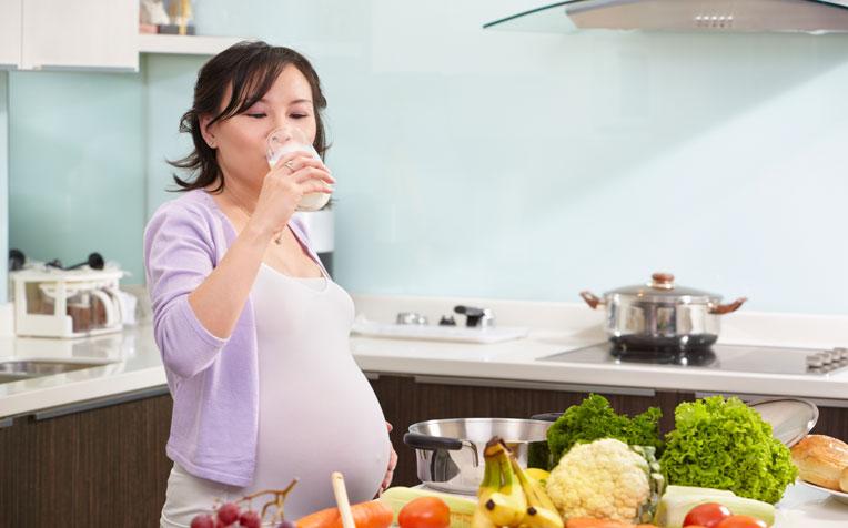مواد غذایی مفید در دوران بارداری