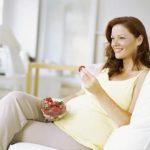 توت فرنگی یک شیرینی طبیعی در بارداری